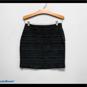H&M Textured Mini Skirt Black size 4
